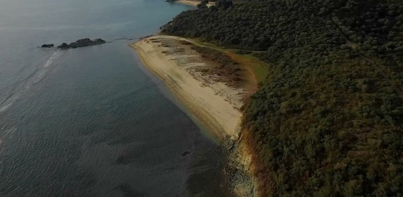 The beach that catches the eyes and attention of passers-by - Alatobara N. Marmaras Sithonia Halkidiki (drone video)