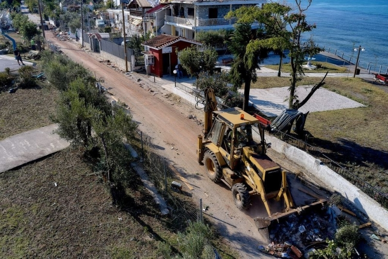 Halkidiki: The works for Easter and for the opening of tourism have started!